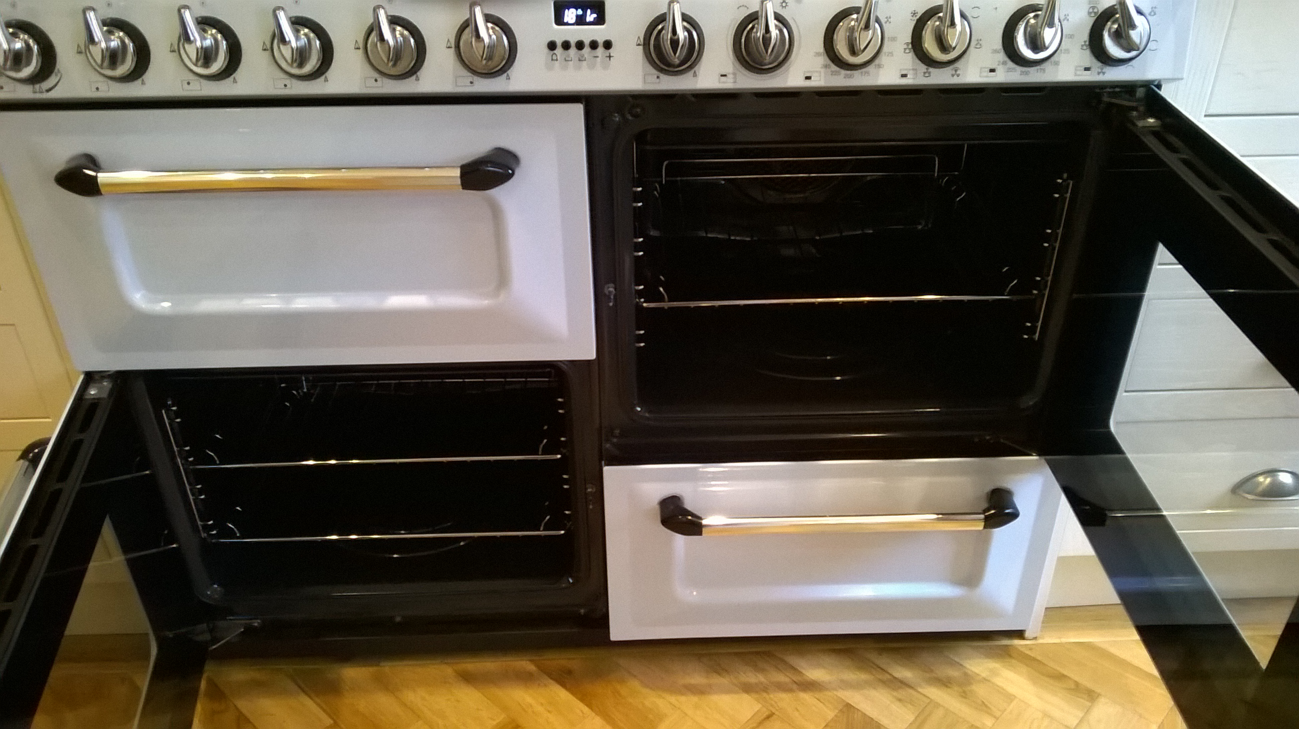 Oven cleaning example 4